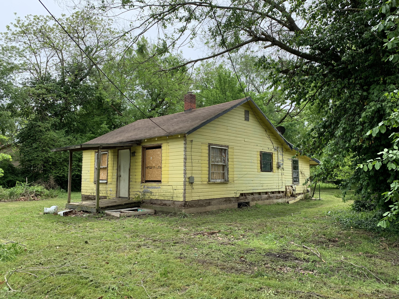 28764 Walker Street Seligman, MO 65745