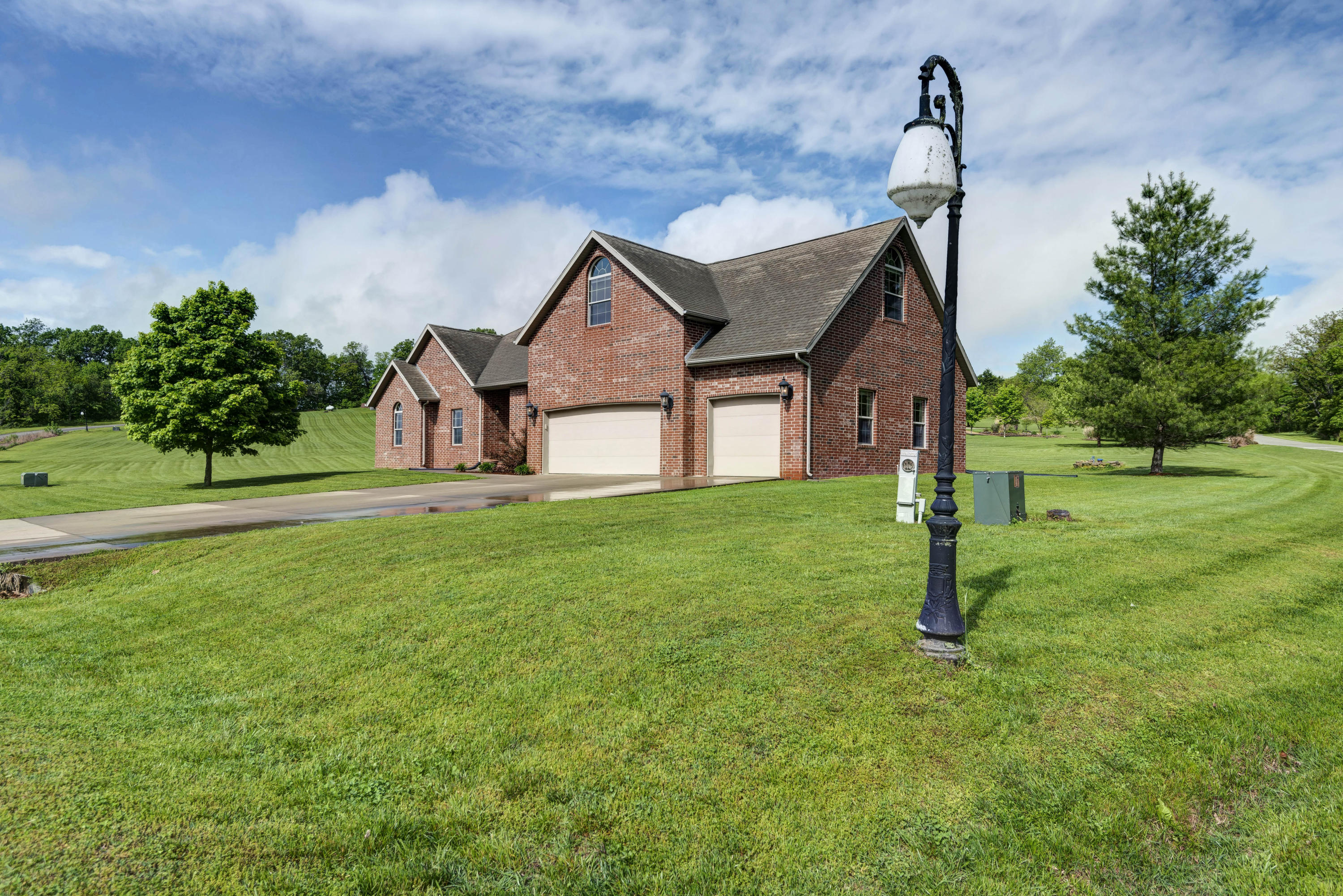 35 Pebble Beach Boulevard Clever, MO 65631