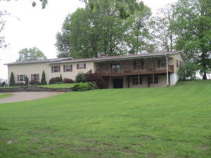 9301 County Road 3840, West Plains, MO 65775