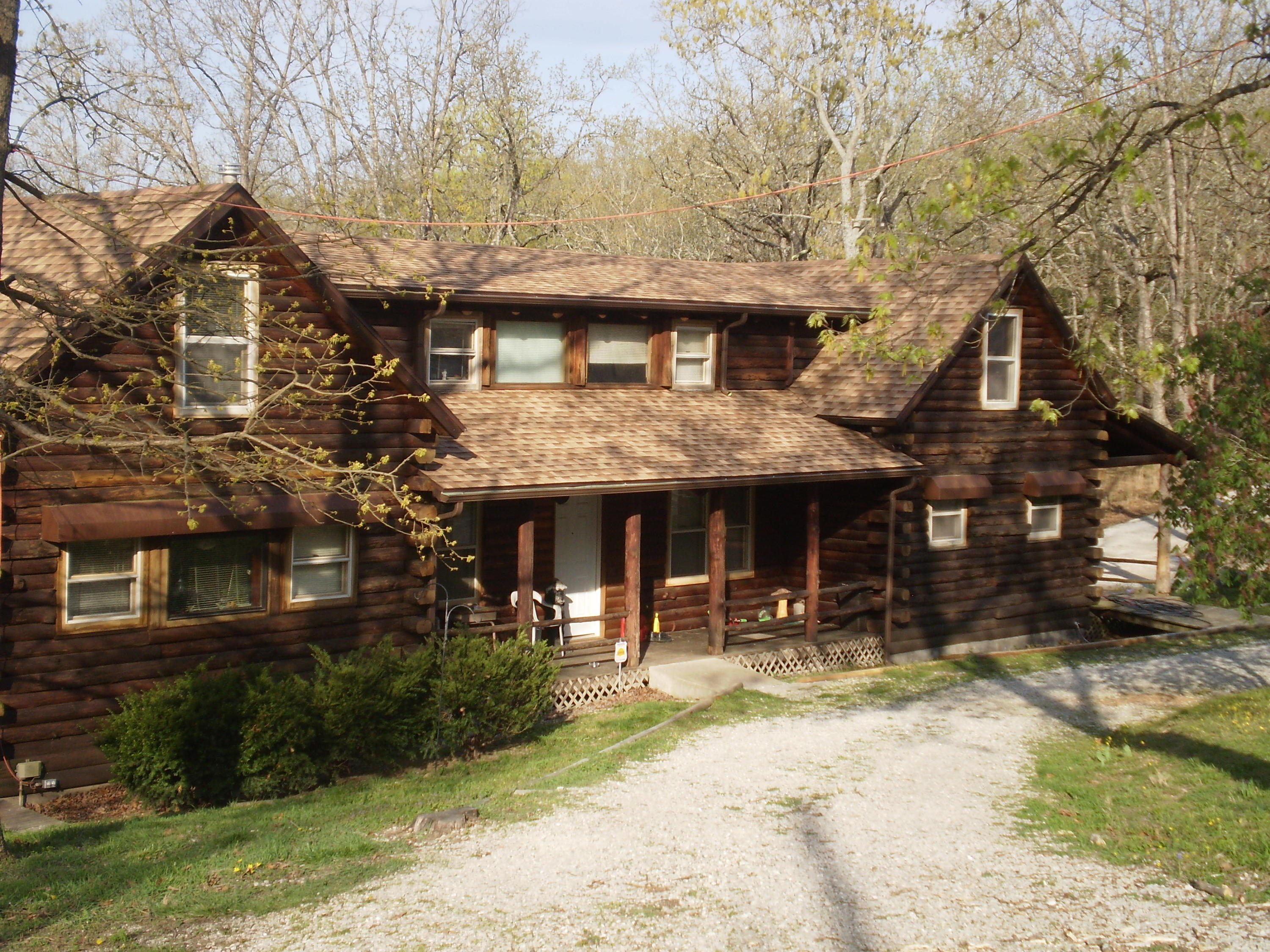 184 Collier Rd Road Kissee Mills, MO 65680