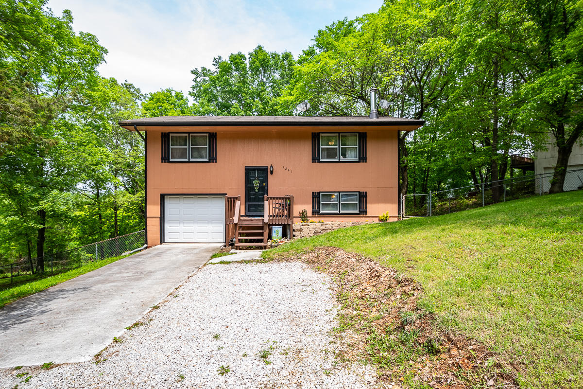 1241 Westwood Drive Branson, MO 65616