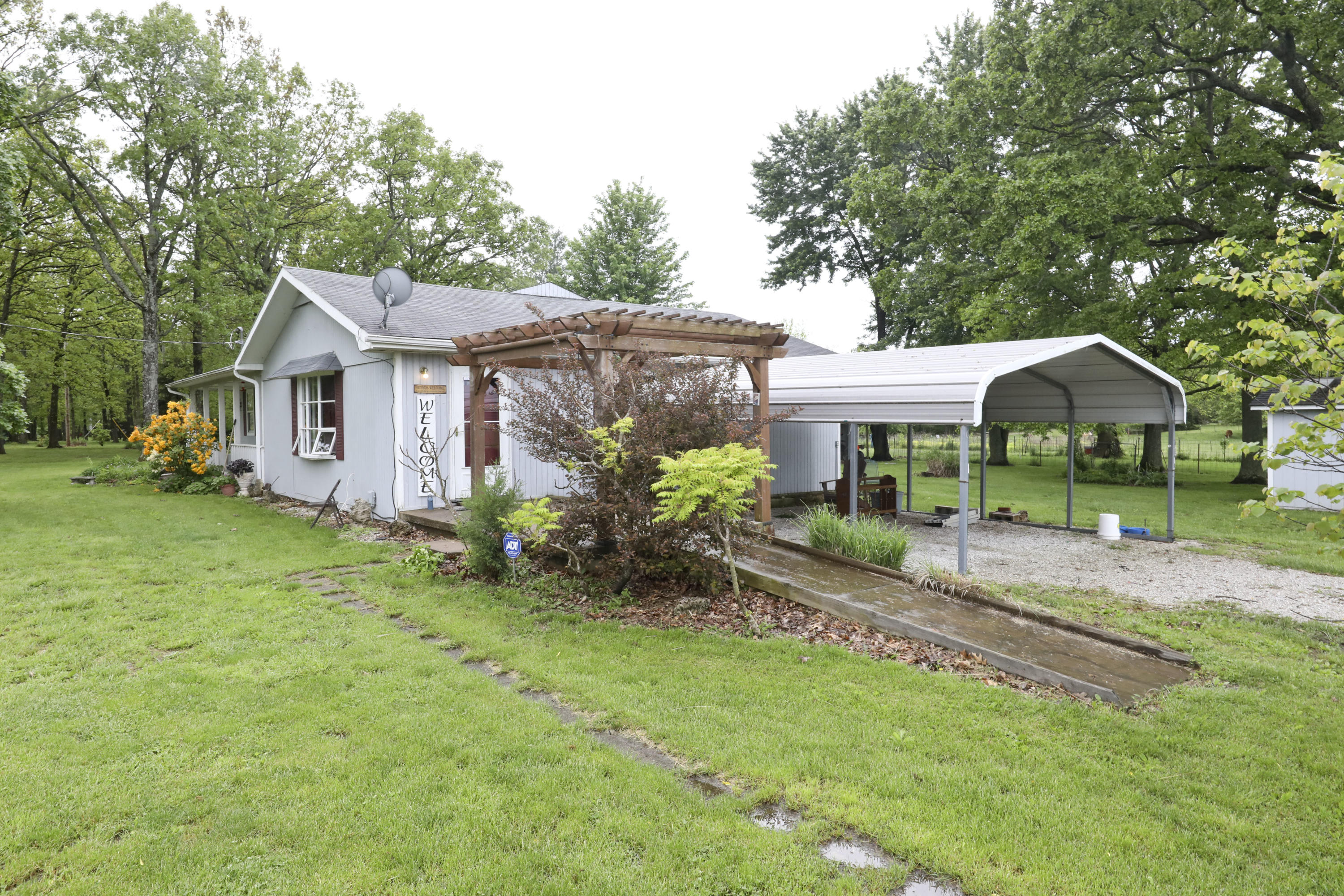 6449 State Hwy Vv Rogersville, MO 65742