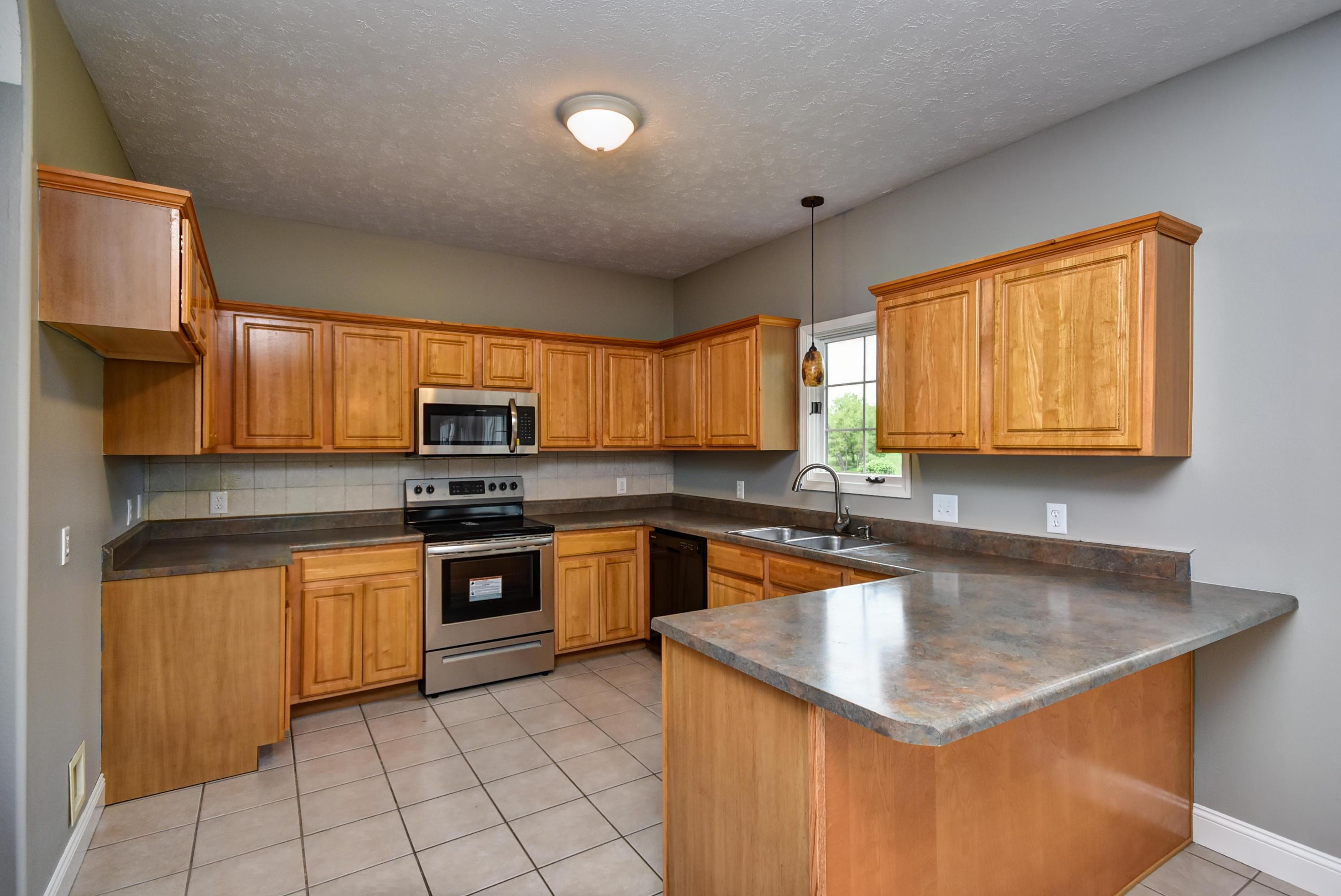 5606 North 9th Avenue Ozark, MO 65721