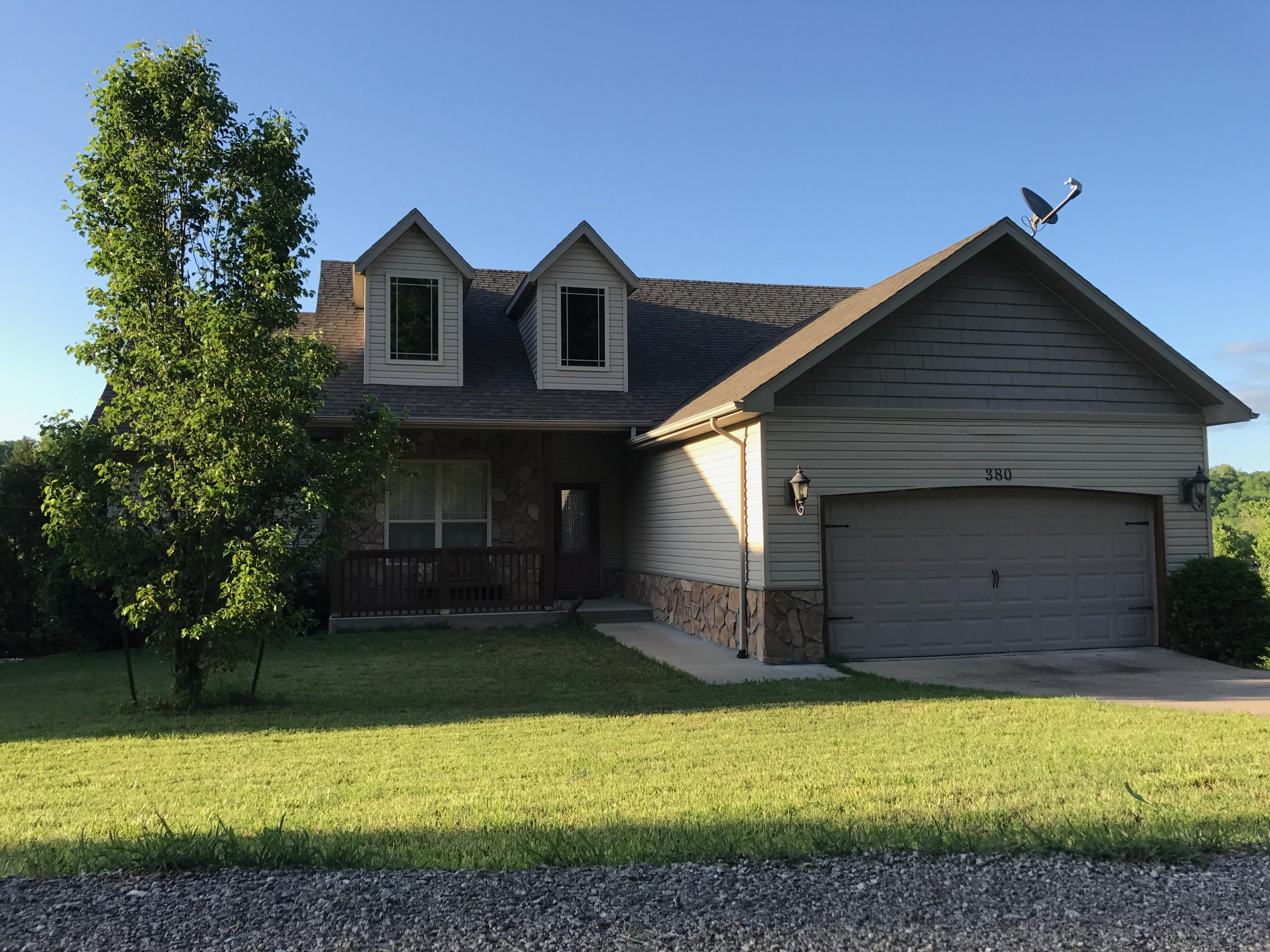 380 Stratford Road Hollister, MO 65672