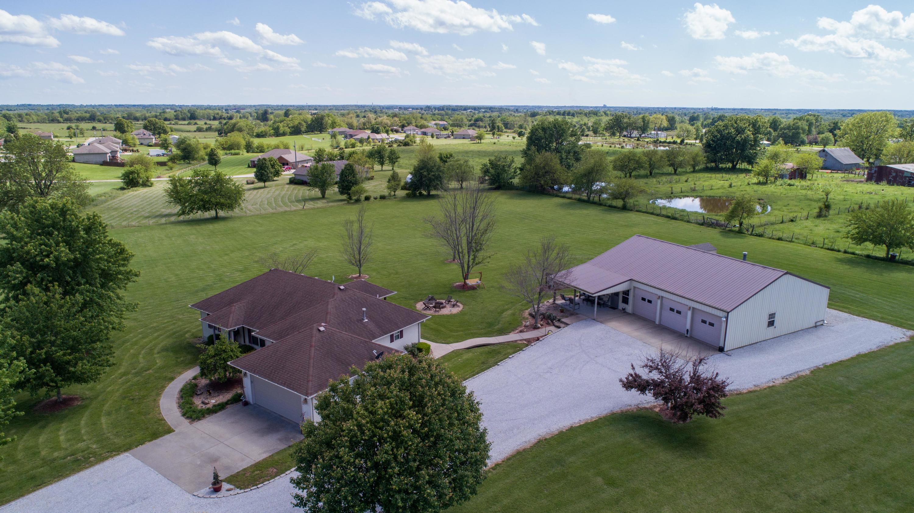25077 Lawrence Marionville, MO 65705