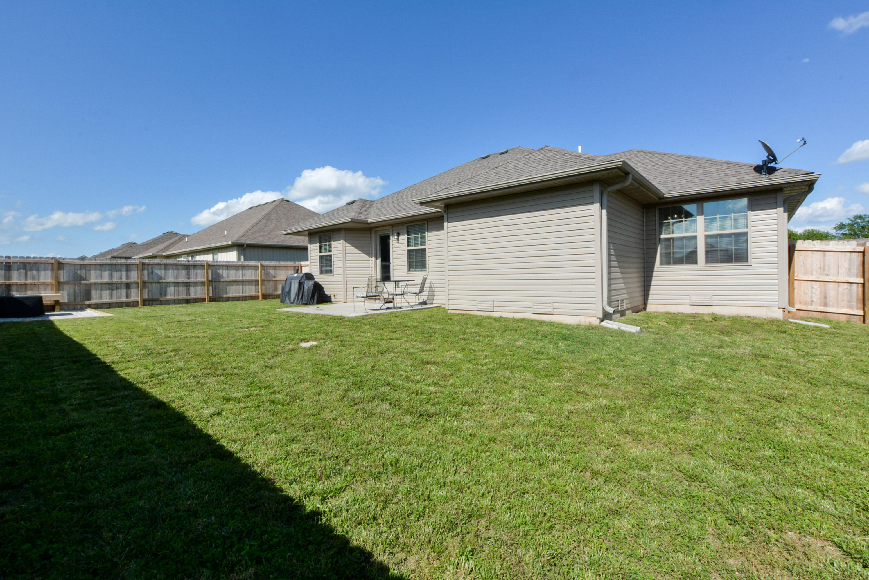 1283 South Rome Avenue Republic, MO 65738