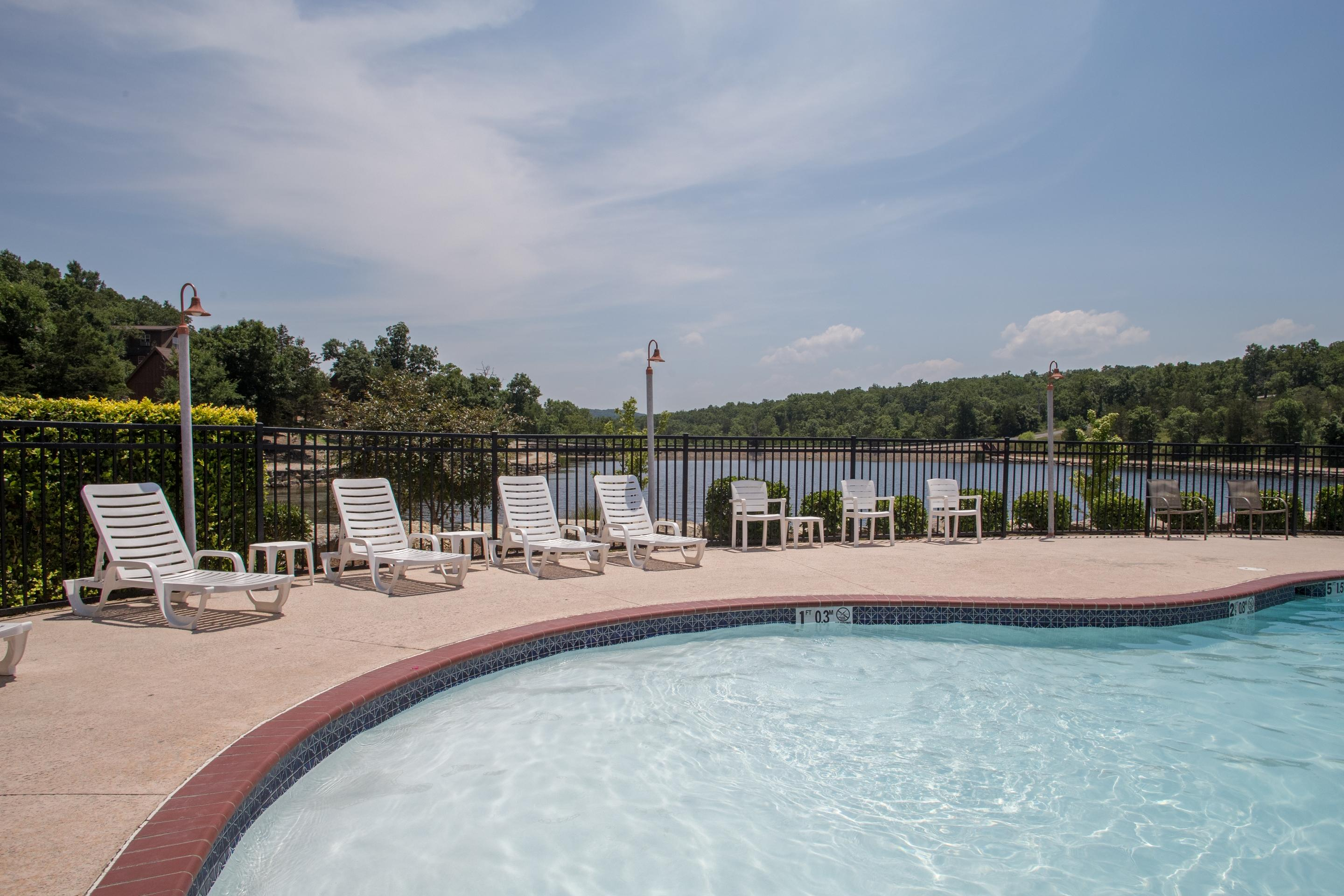 124 Poolside Way Branson West, MO 65737