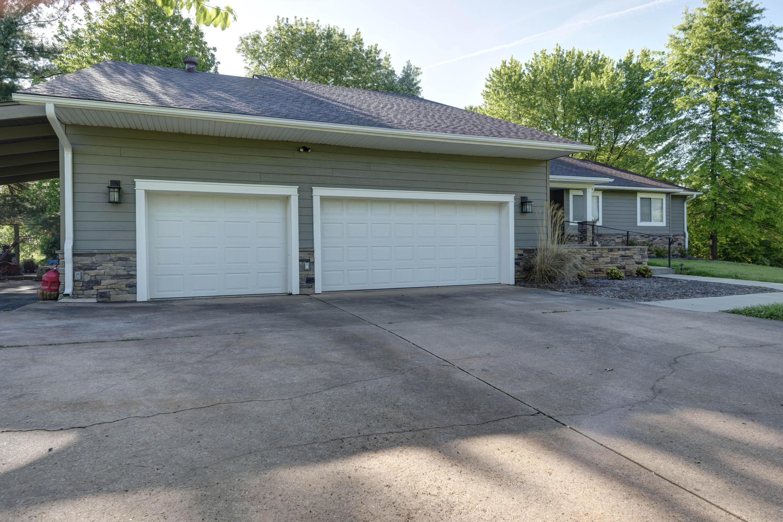 3508 North Bobolink Drive Ozark, MO 65721