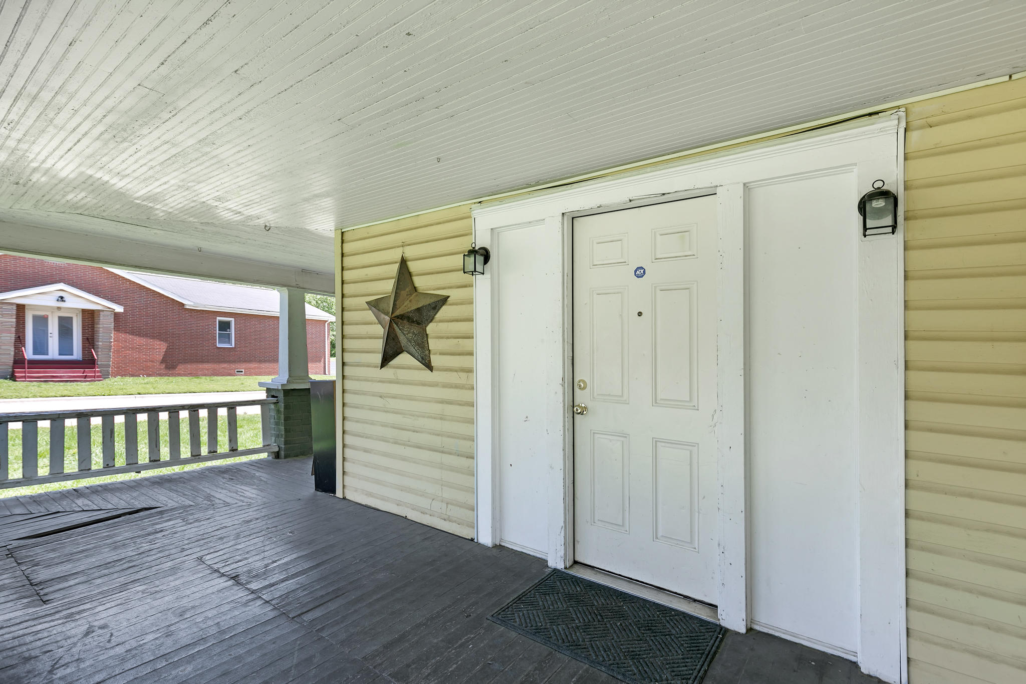 1502 West Hovey Street Springfield, MO 65802