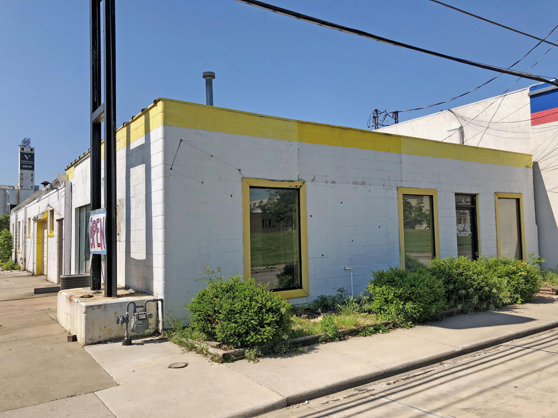 314 East Chestnut Street Springfield, MO 65806