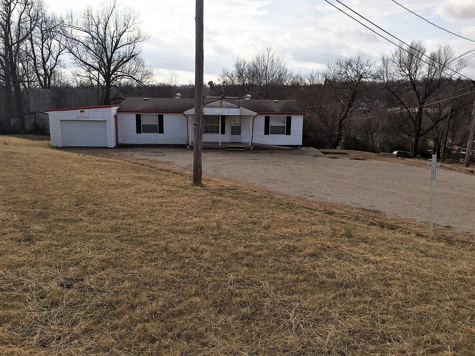 316 Old Alton Road Thayer, MO 65791