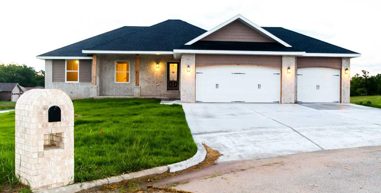293 West Foxtrot Circle Fair Grove, MO 65648