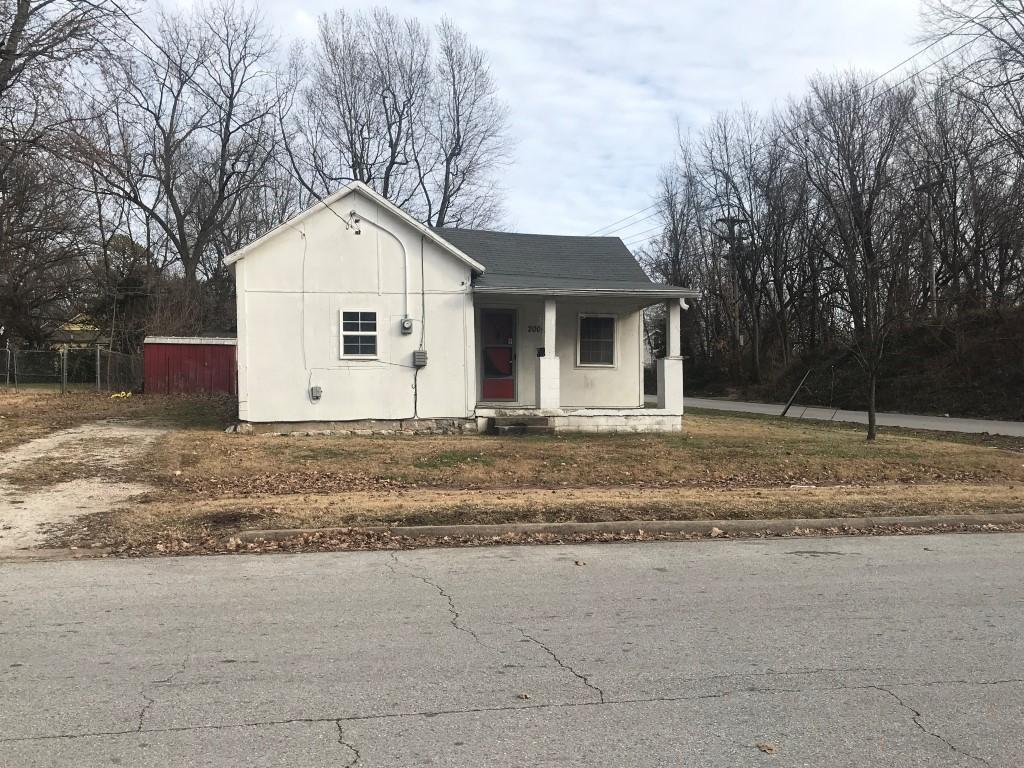 2000 North East Avenue Springfield, MO 65803
