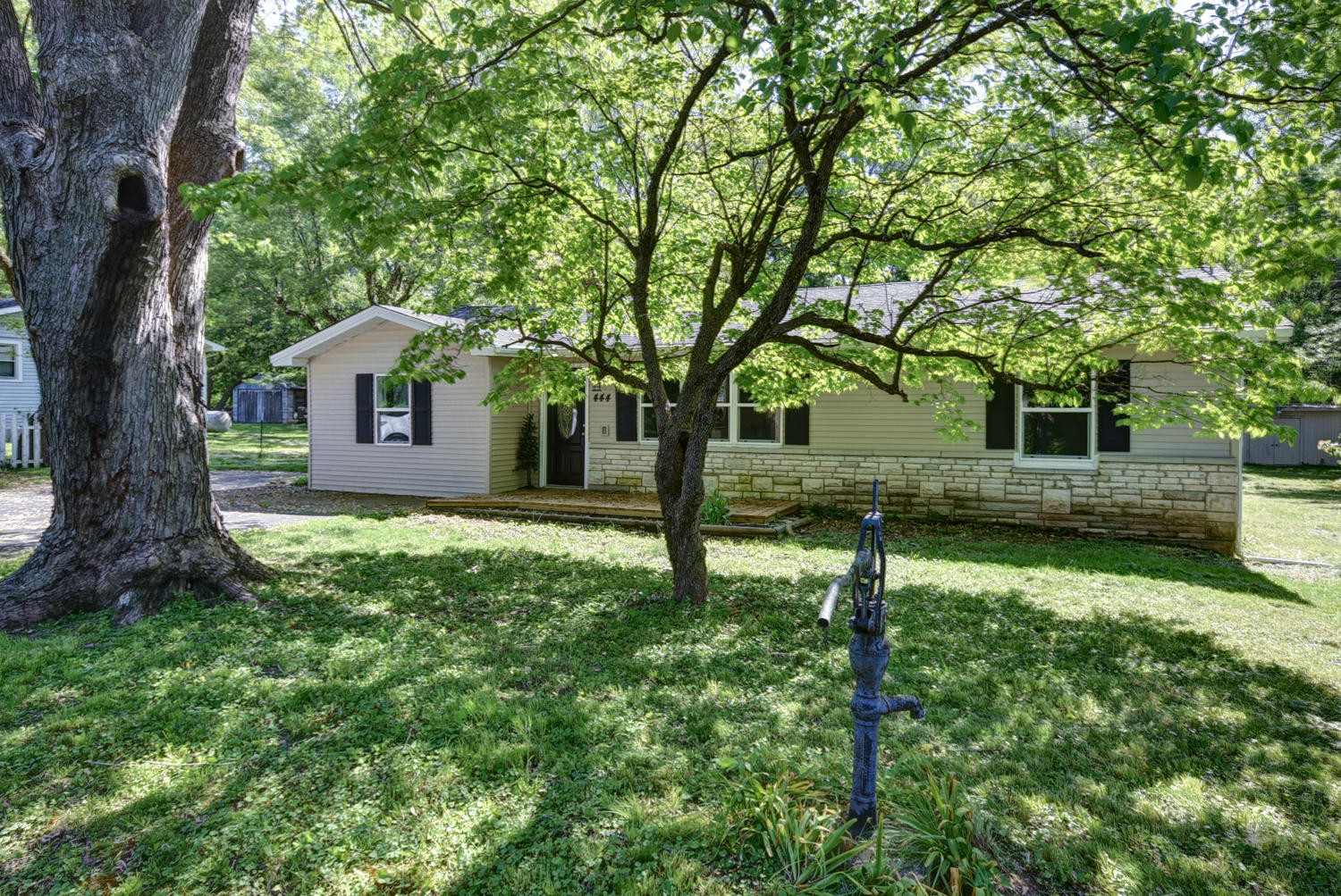 444 South Farm Rd Springfield, MO 65802