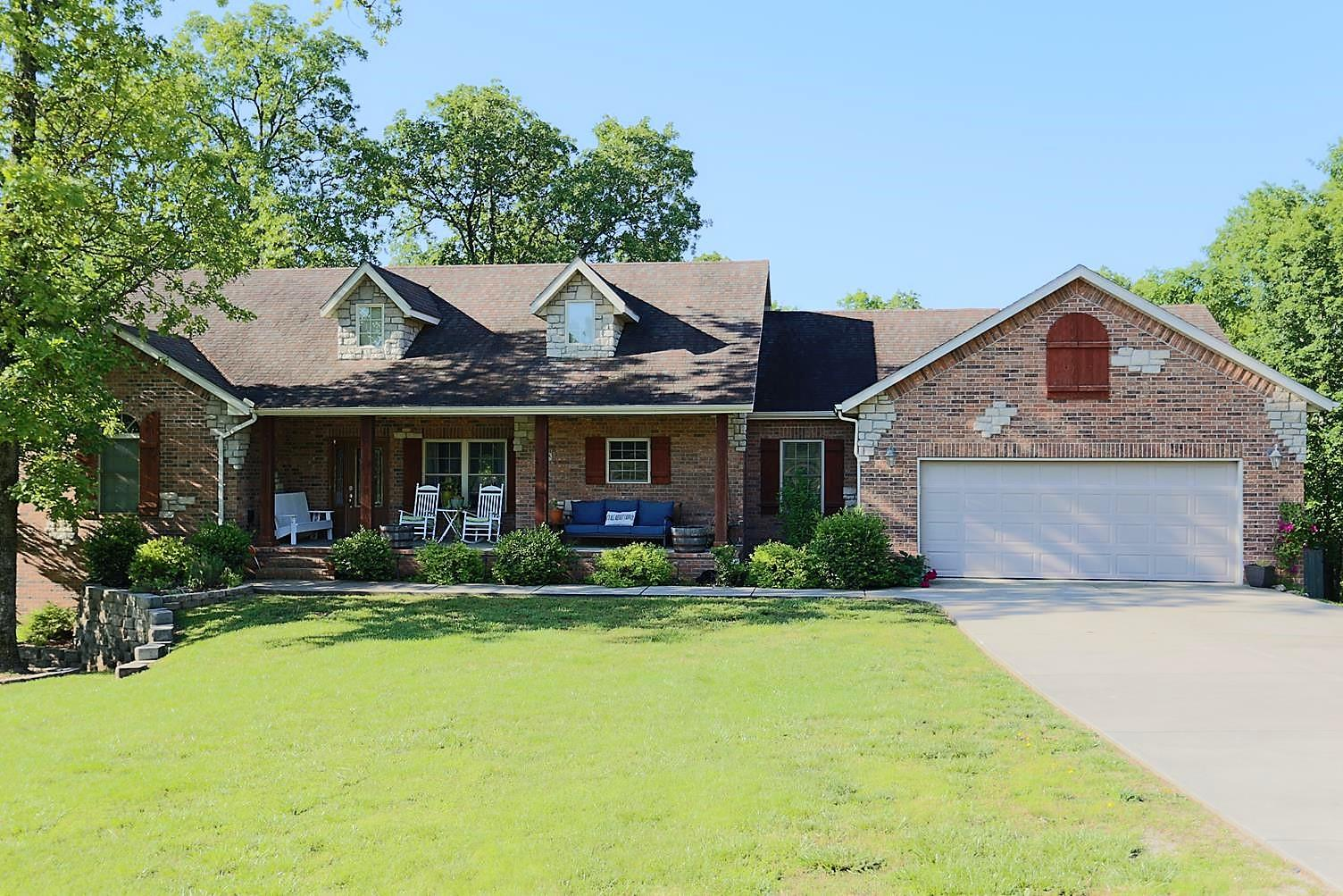 125 Hickory Ridge Court Branson, MO 65616