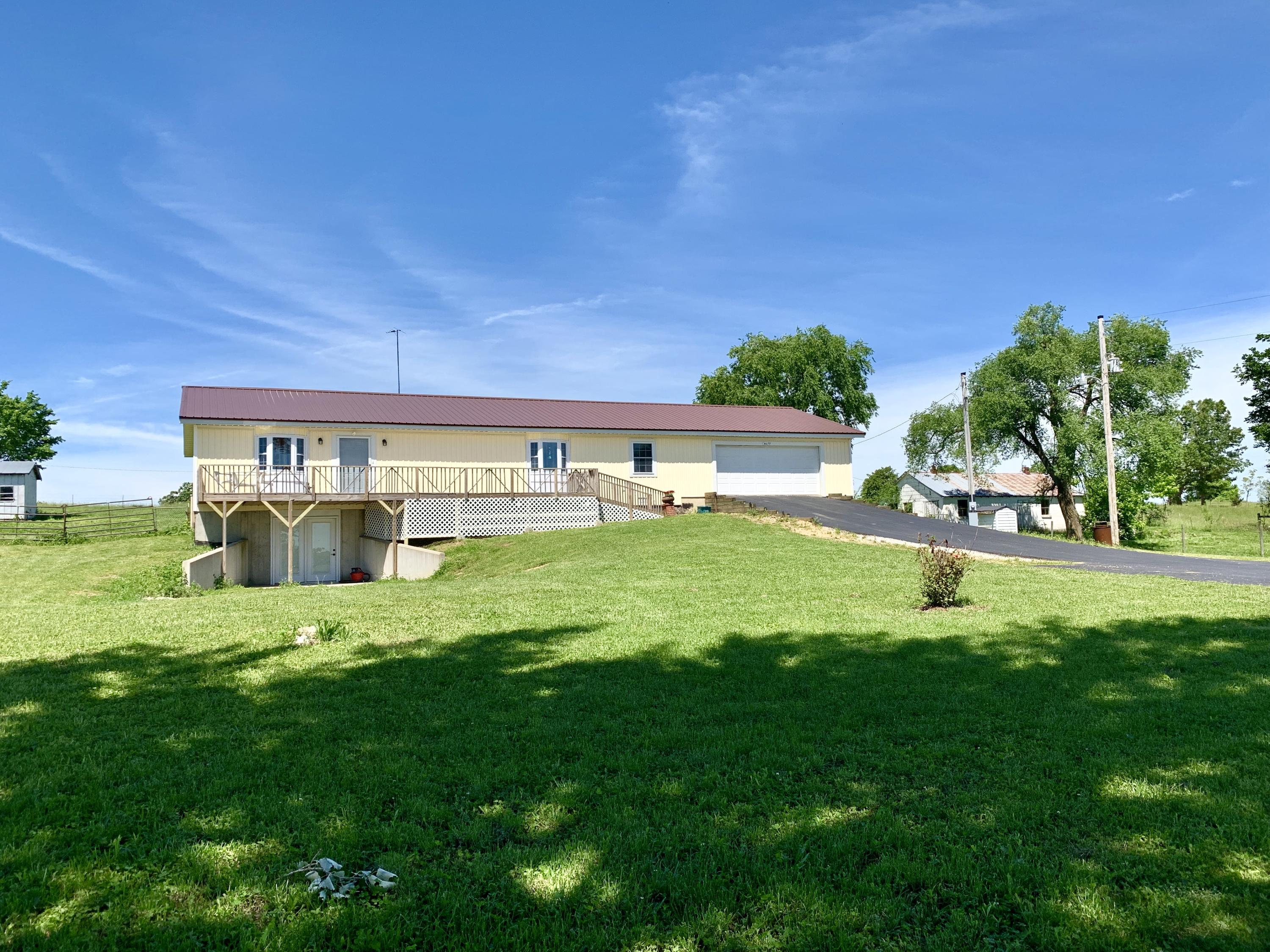 4673 State Hwy E Norwood, MO 65717