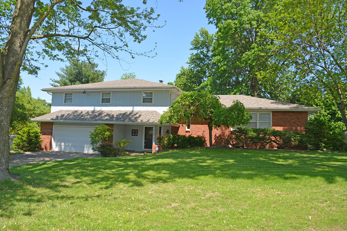 2128 South Bruce Court Springfield, MO 65804