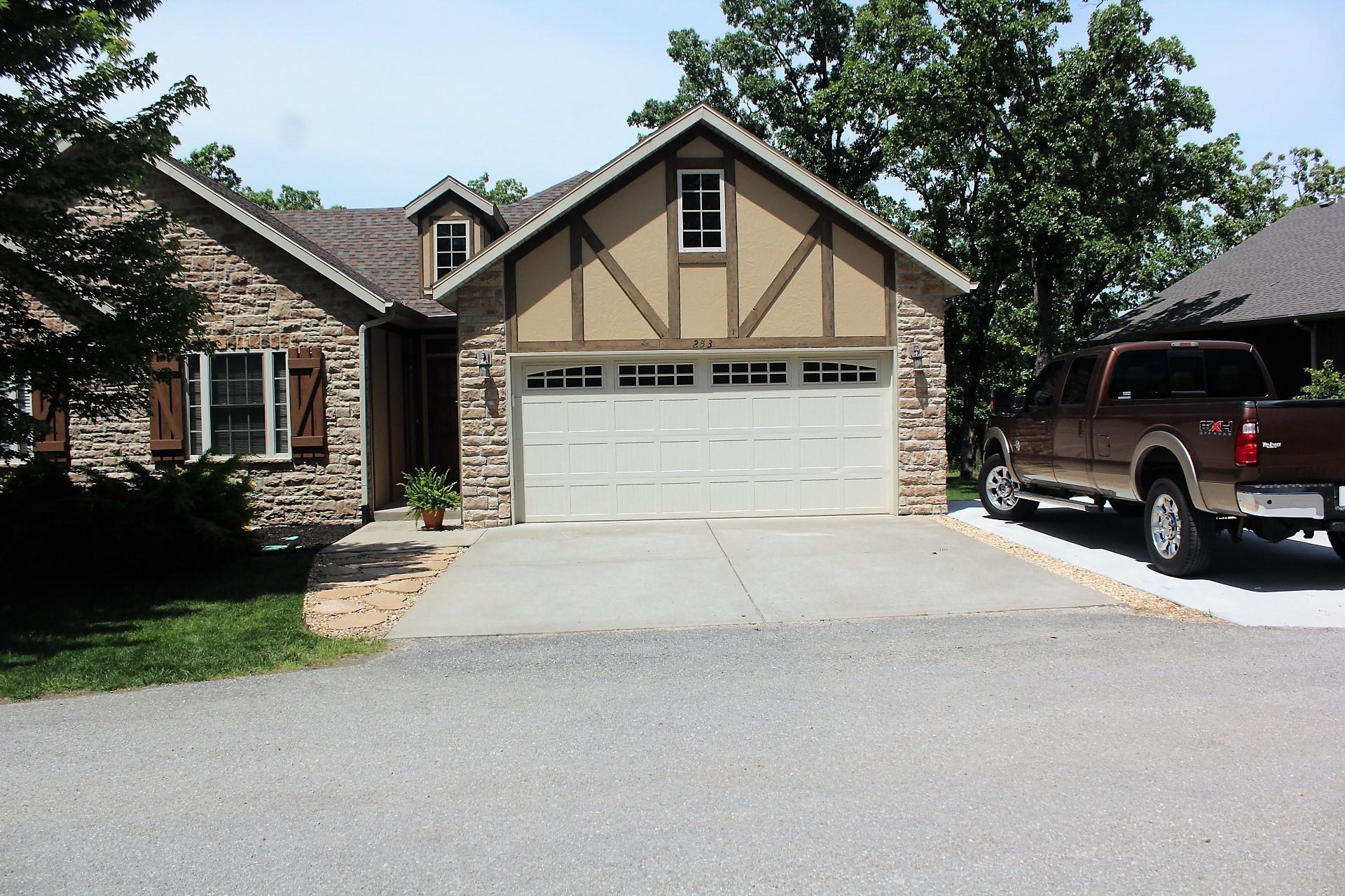253 Cedar Glade Drive Branson West, MO 65737