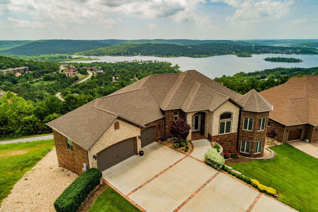310 Split Rock Drive Hollister, MO 65672