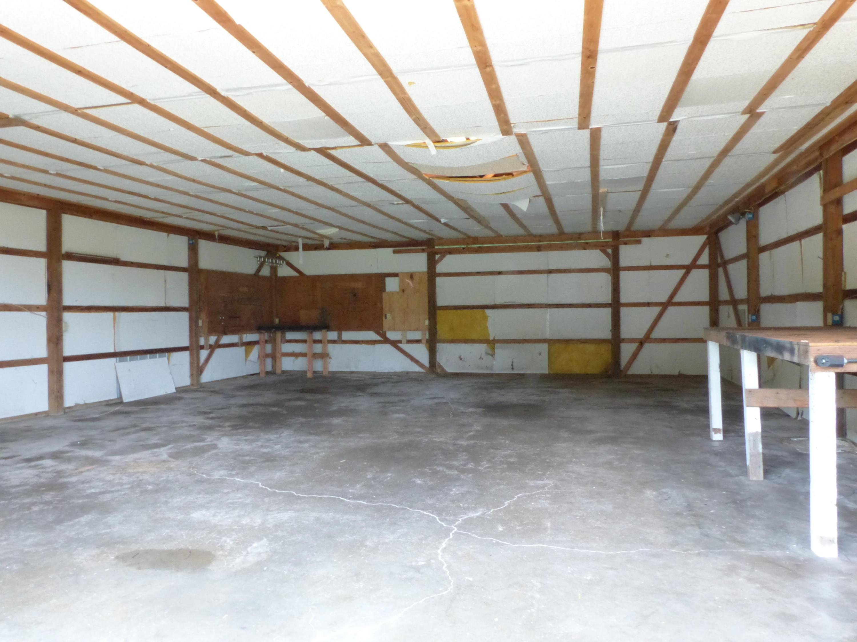 11439 North Farm Road Willard, MO 65781