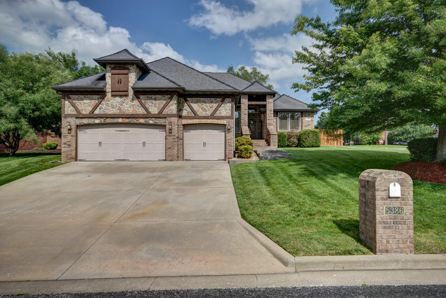 5386 South Fort Avenue Springfield, MO 65810