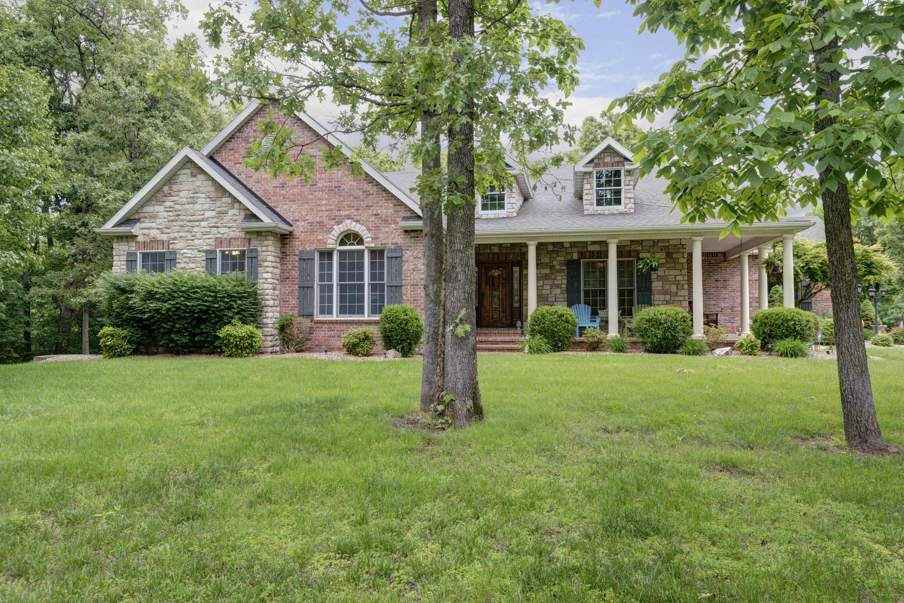 4475 East Golden Oak Lane Springfield, MO 65803