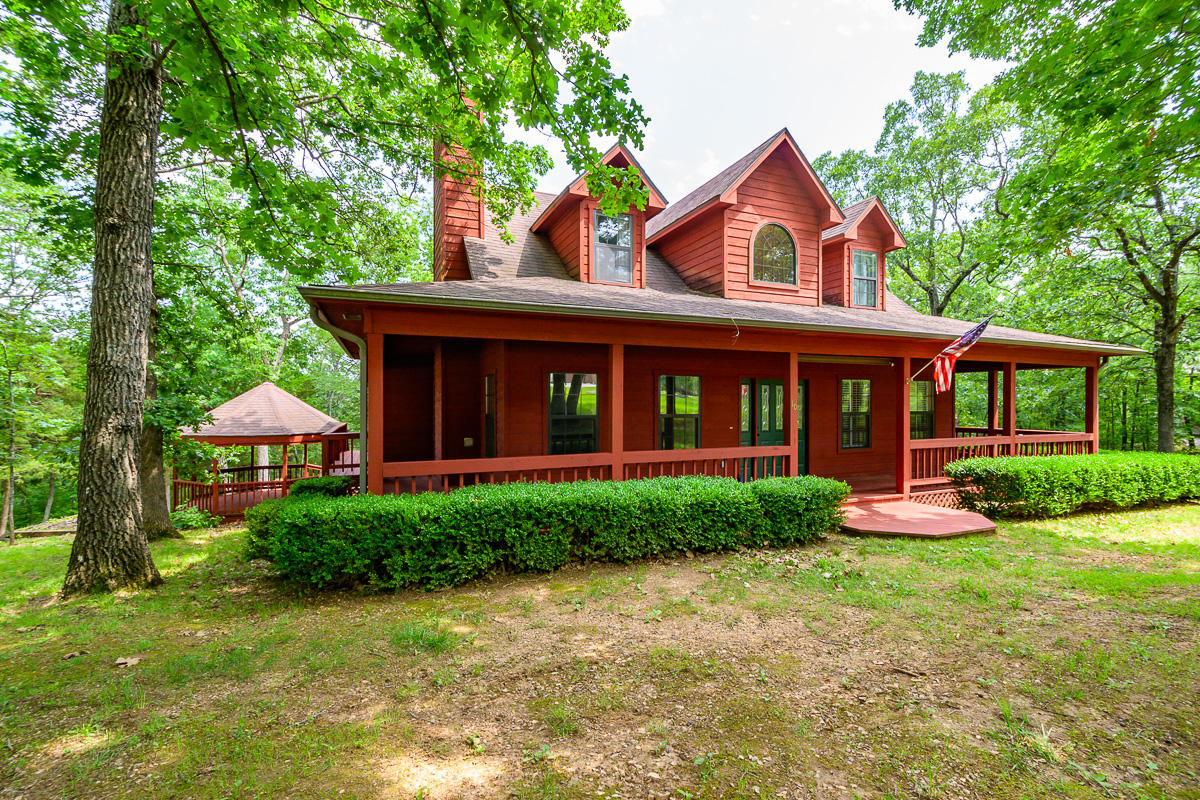 10 Dogwood Crest Branson West, MO 65737
