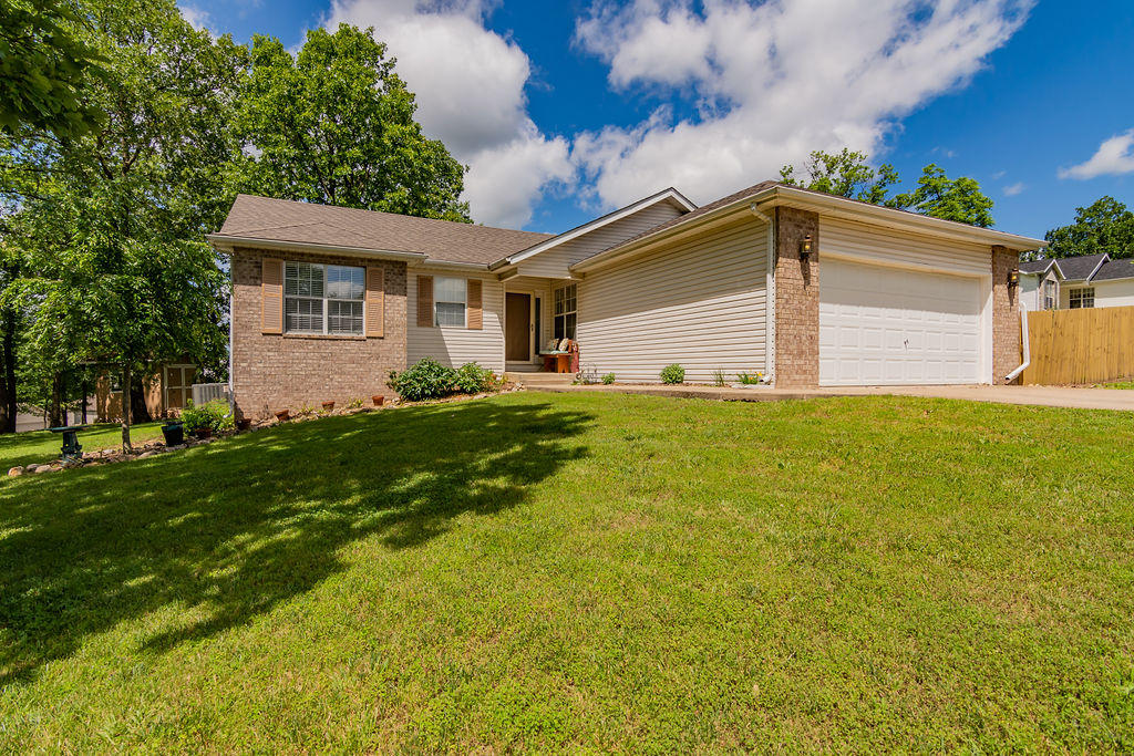 330 Meadow Ridge North Street Branson, MO 65616