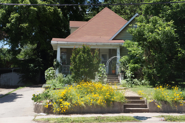 921 North Campbell Avenue Springfield, MO 65802