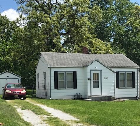 2512 North Kellett Avenue Springfield, MO 65803