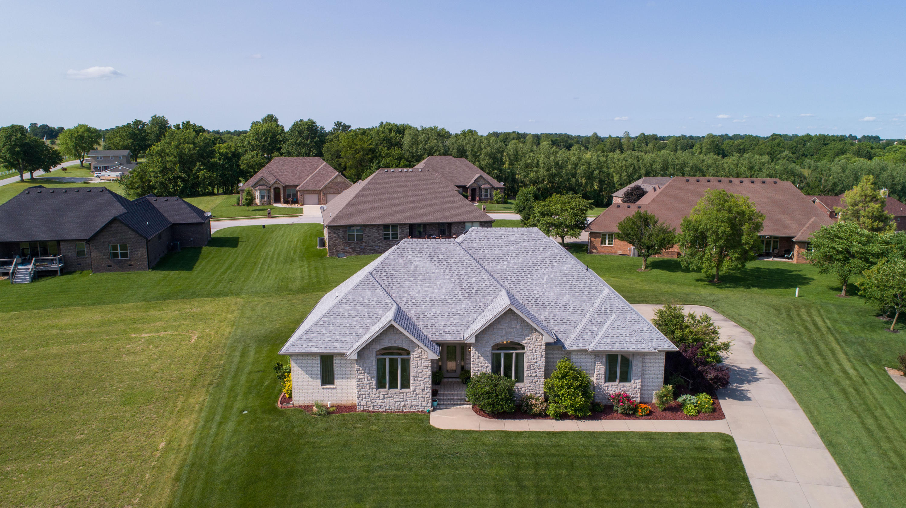 105 Long Drive Republic, MO 65738