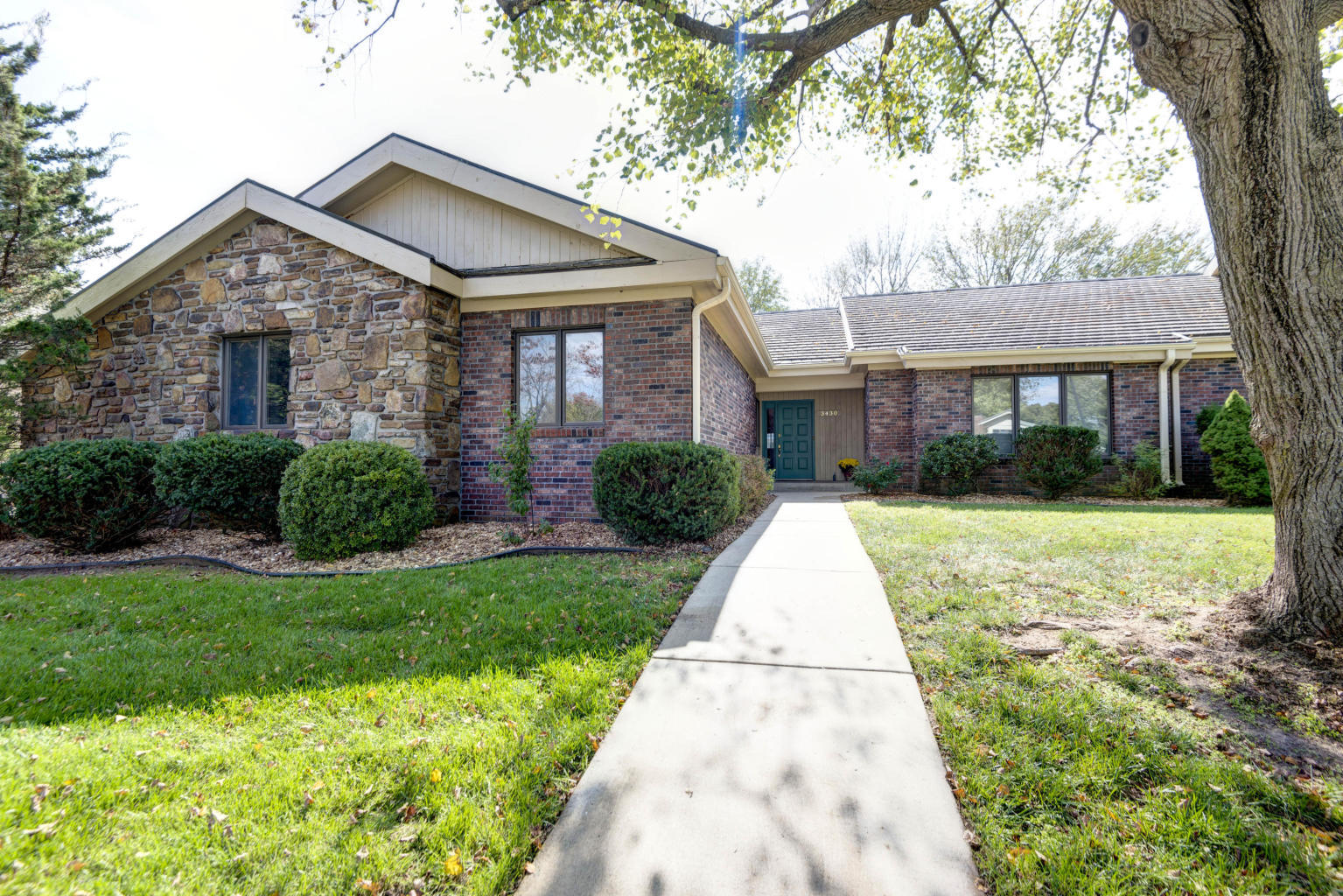 3430 East Sheffield Court Springfield, MO 65802