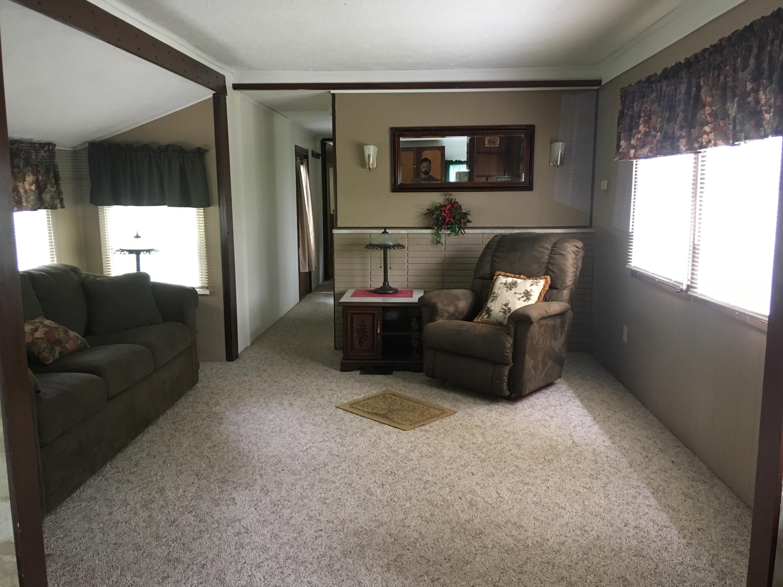 95 Turtle Cove Lane Reeds Spring, MO 65737