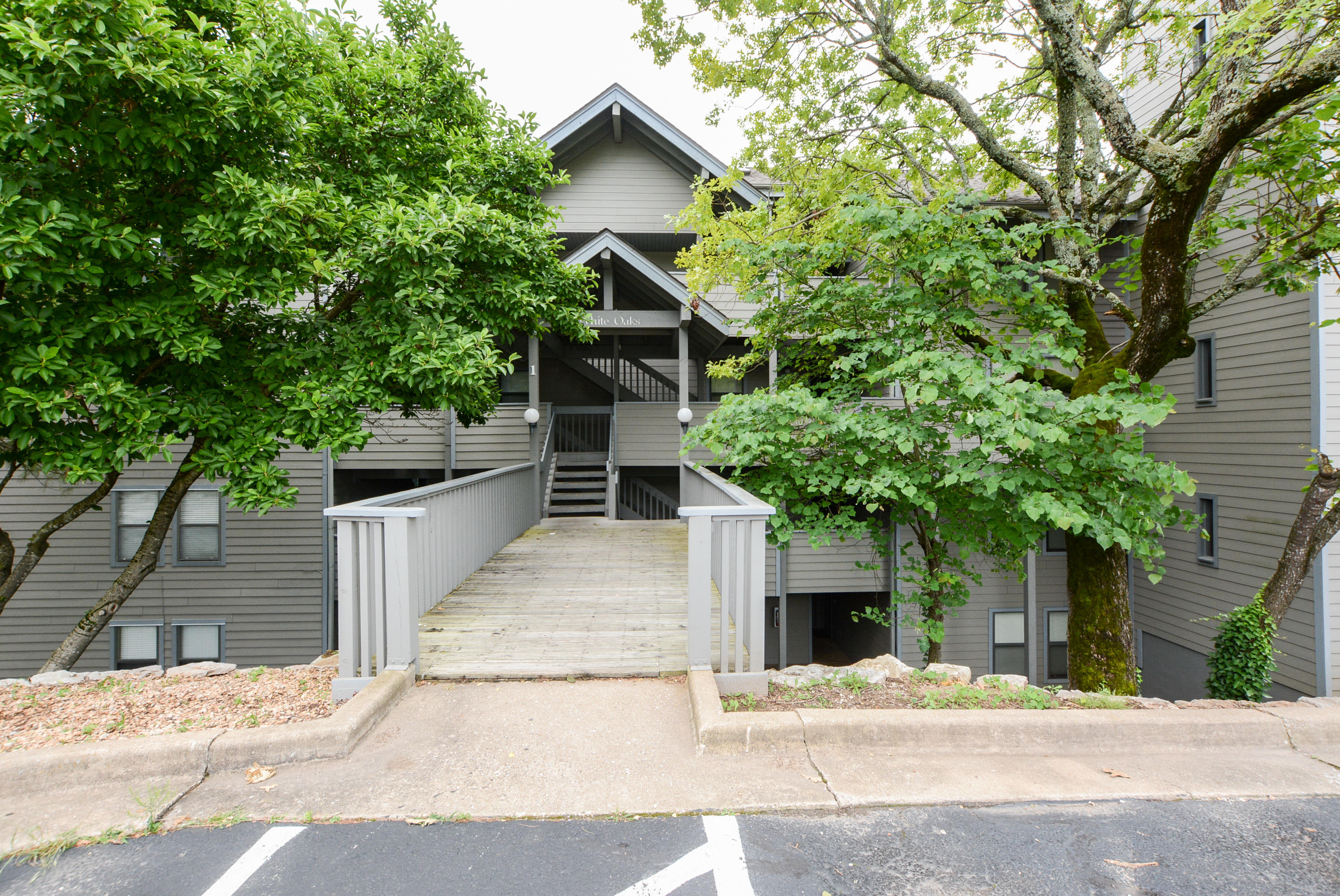 1 Treehouse Lane #4 Branson, MO 65616