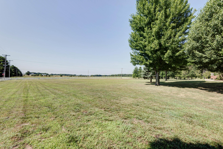 5517 North Farm Road Springfield, MO 65803