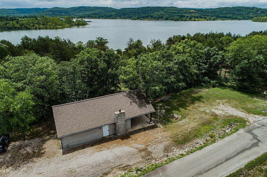 1335 Clevenger Cove Road Hollister, MO 65672