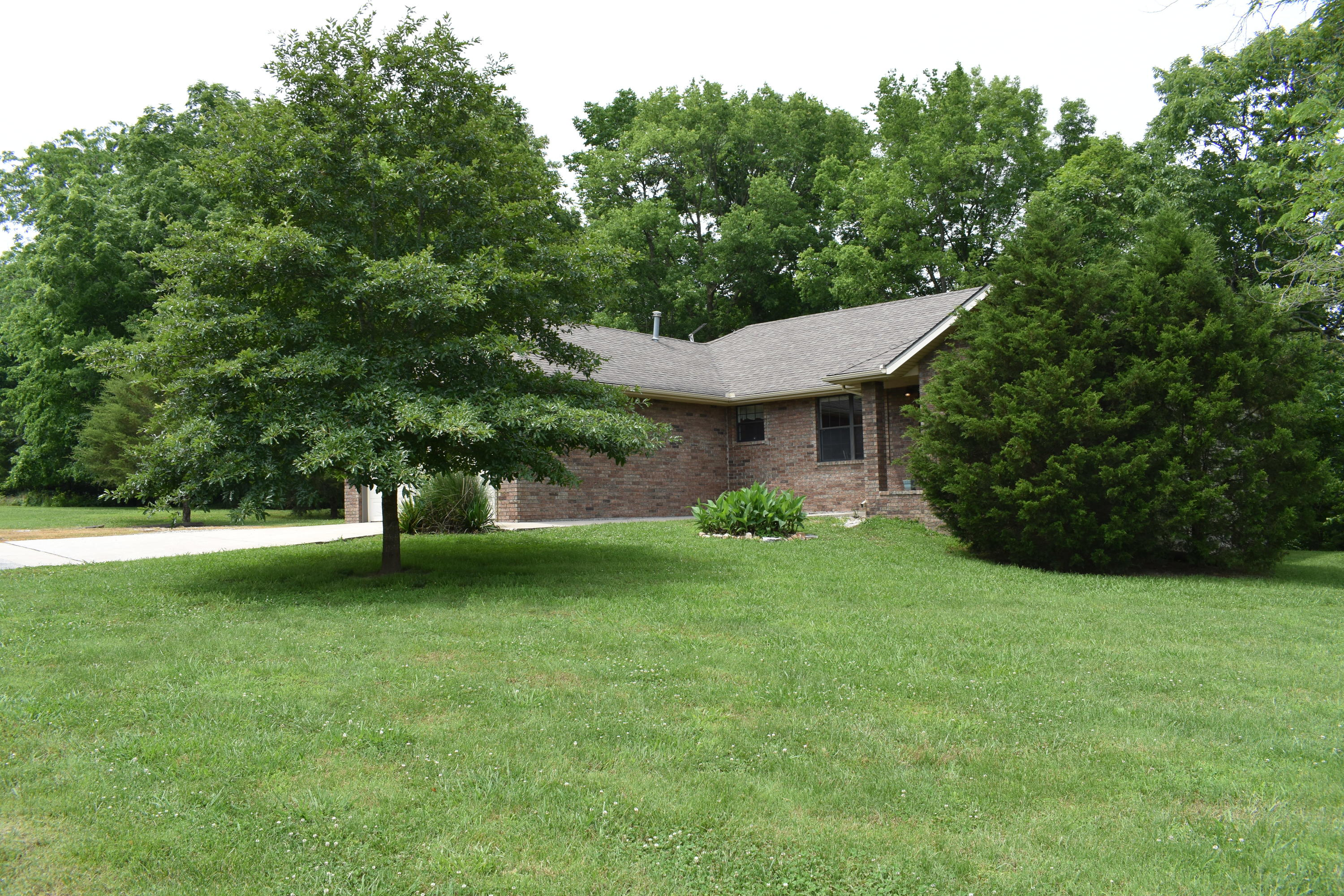 73 Dollar Street Clever, MO 65631