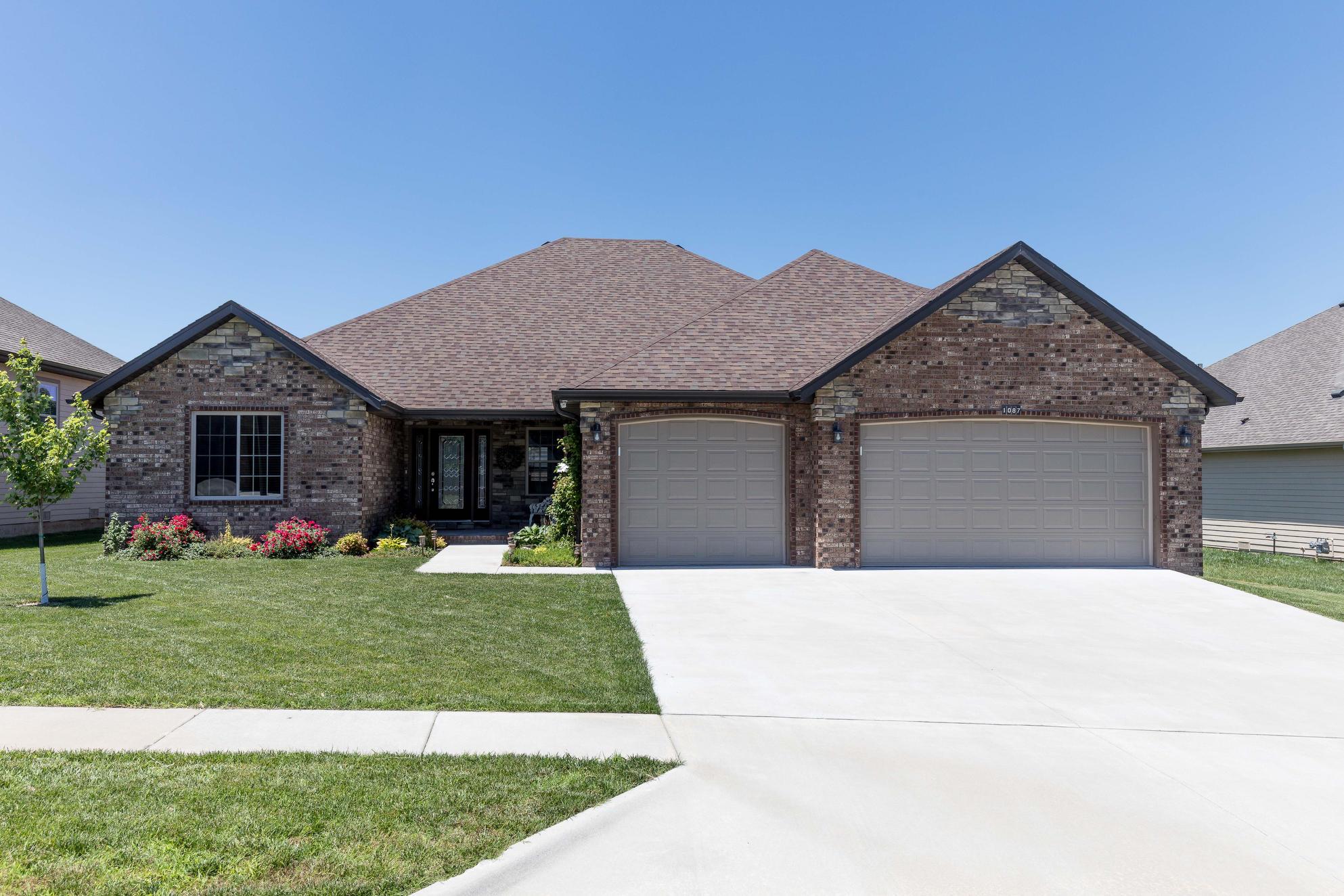 1087 North Cedar Ridge Avenue Springfield, MO 65802