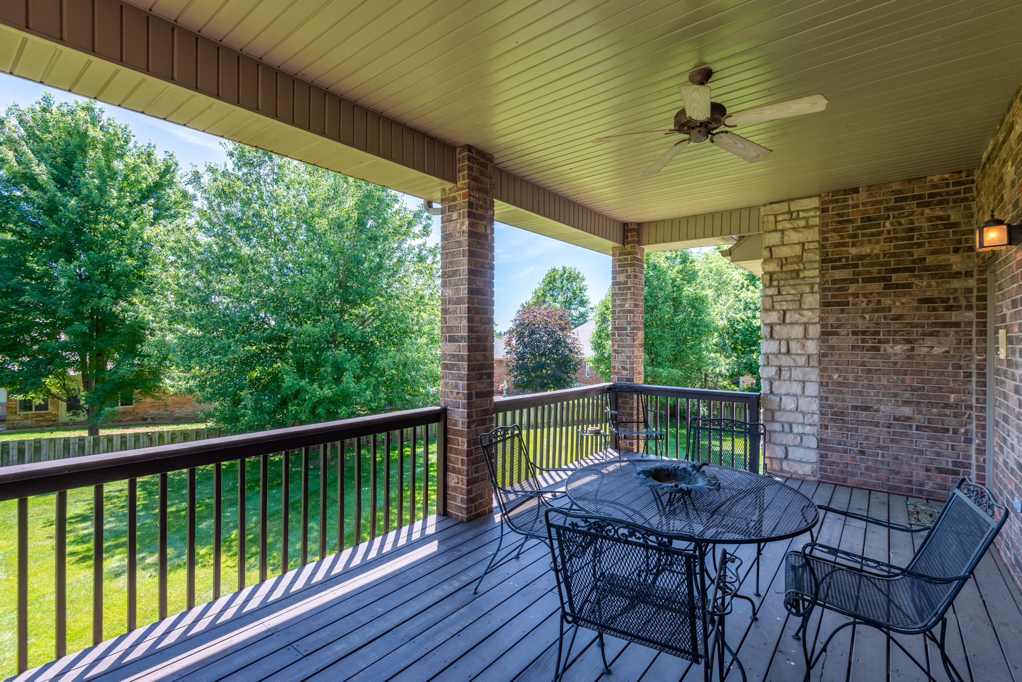 820 East Sterling Ridge Court Springfield, MO 65810