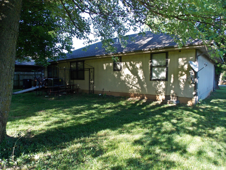 909 North Homewood Avenue Springfield, MO 65803