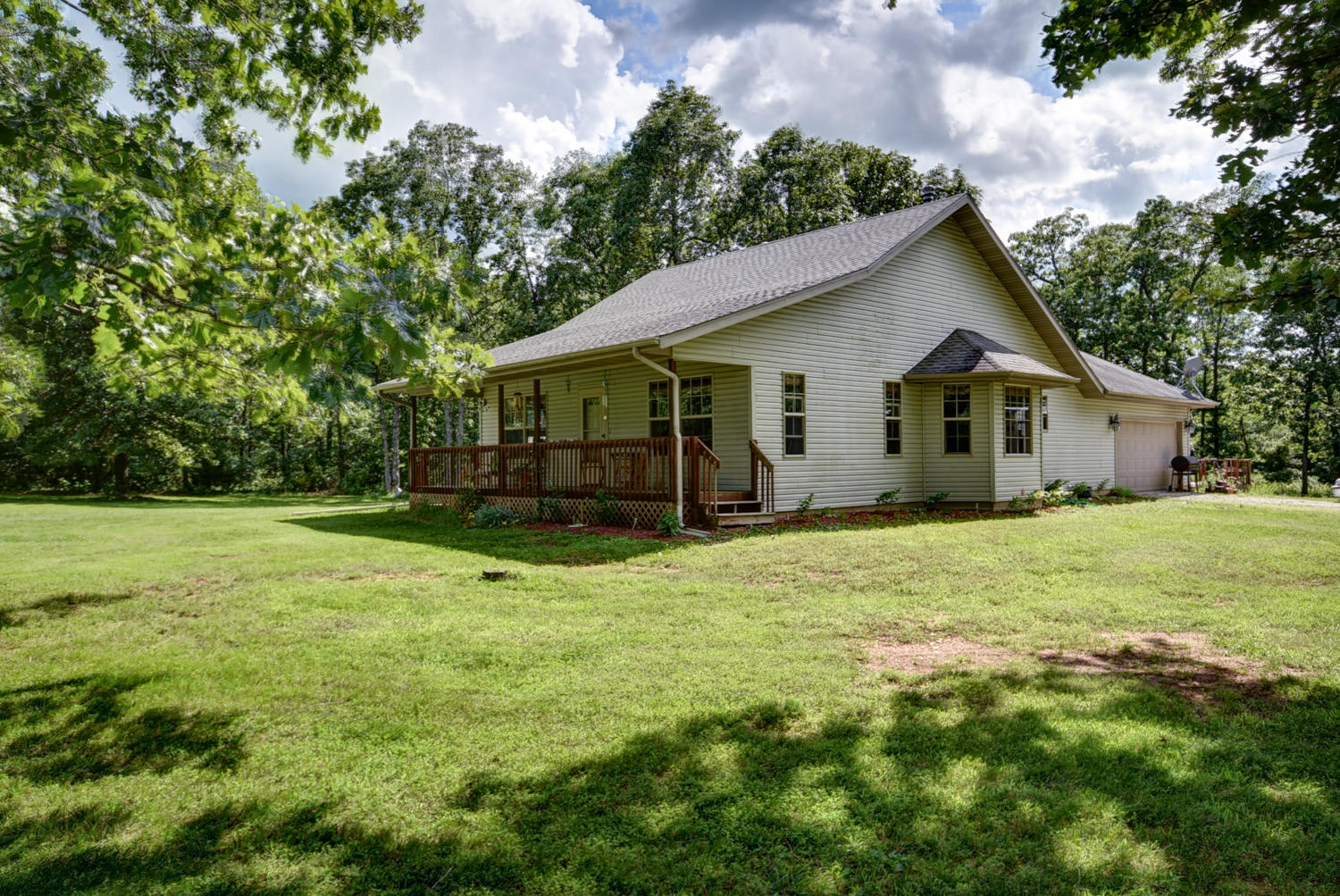 2147 South Forgotten Lane Republic, MO 65738
