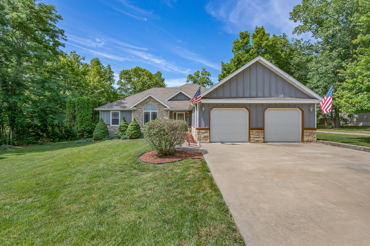 123 Long Point Lane Ridgedale, MO 65739
