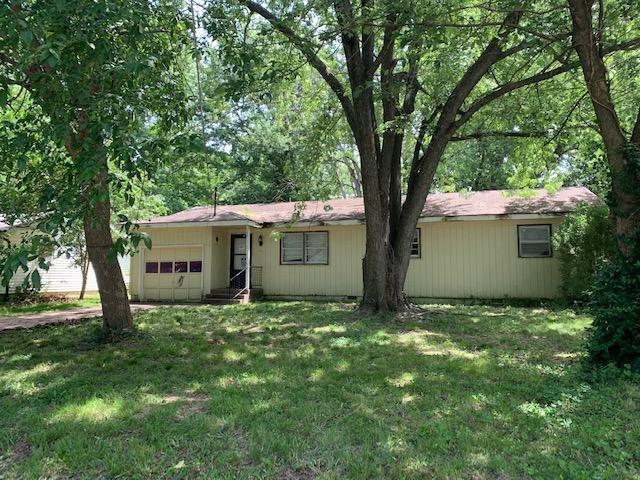 204 North Ken Avenue Springfield, MO 65802