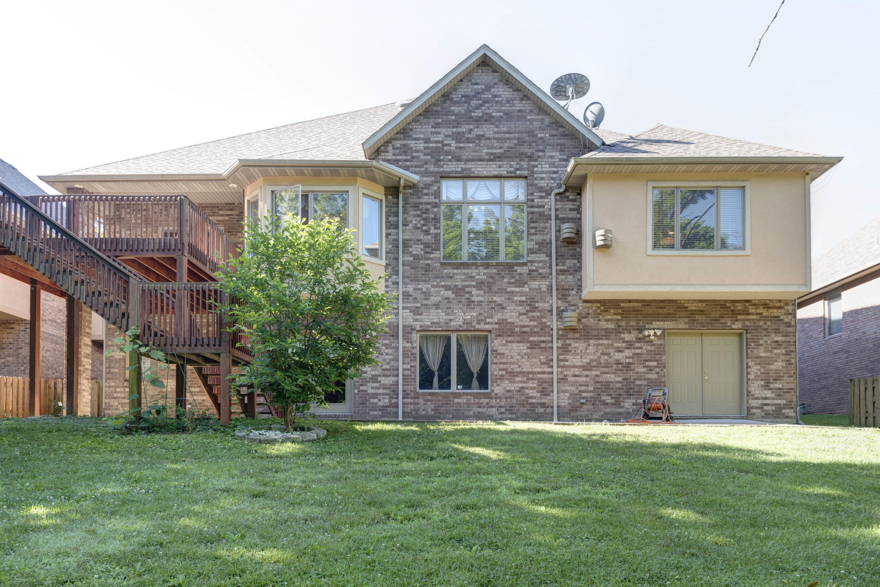 3913 West Maplewood Street Springfield, MO 65807