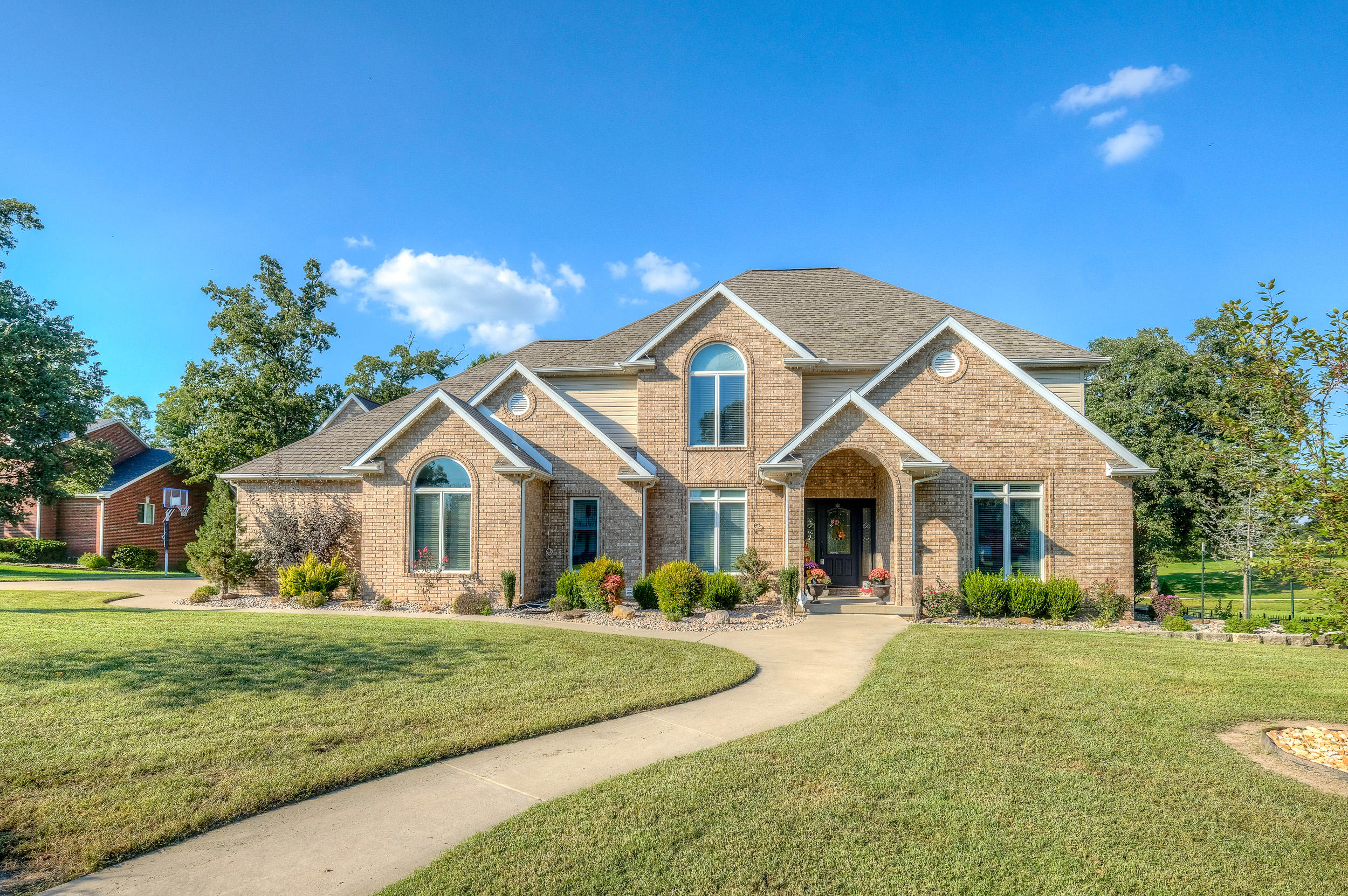 125 North Windwood Drive Carl Junction, MO 64834