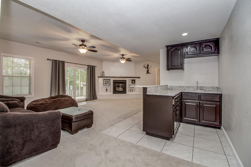100 Pebble Creek Lane Willard, MO 65781