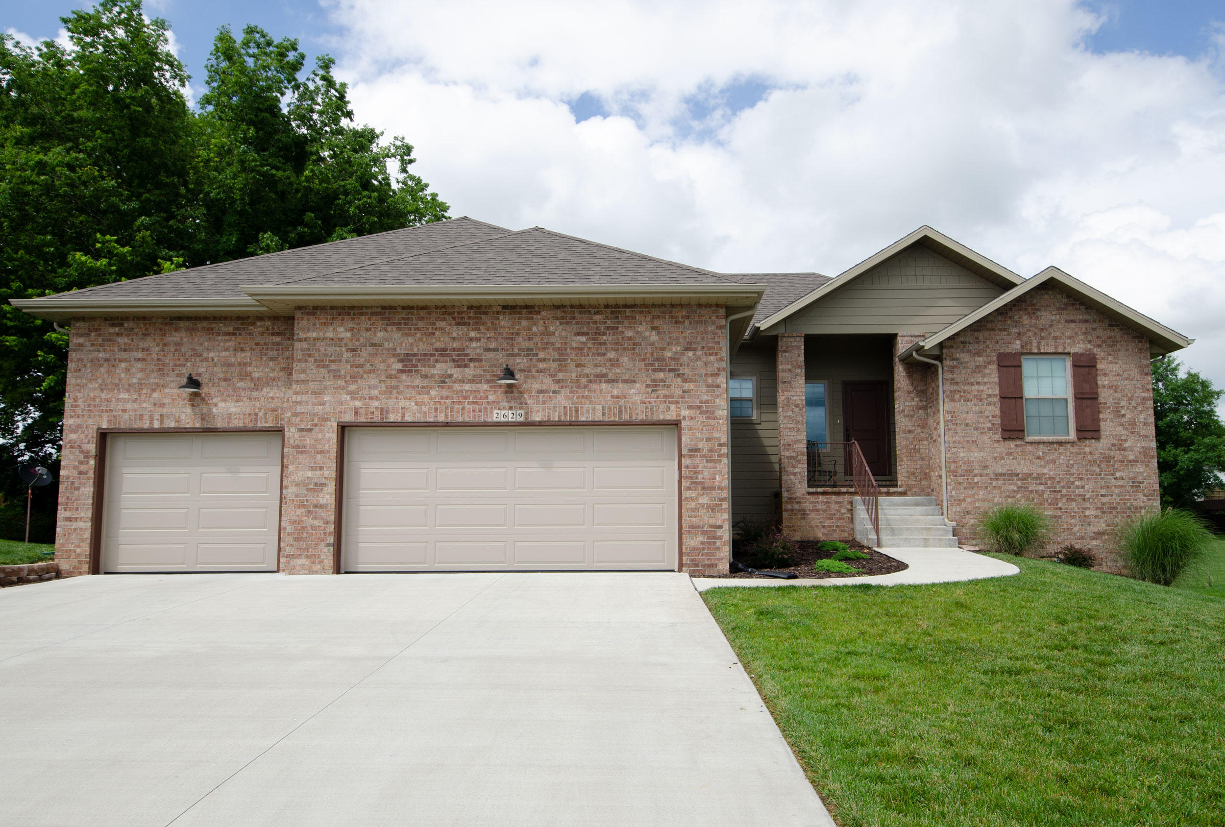 2629 East Kentwood Street Republic, MO 65738