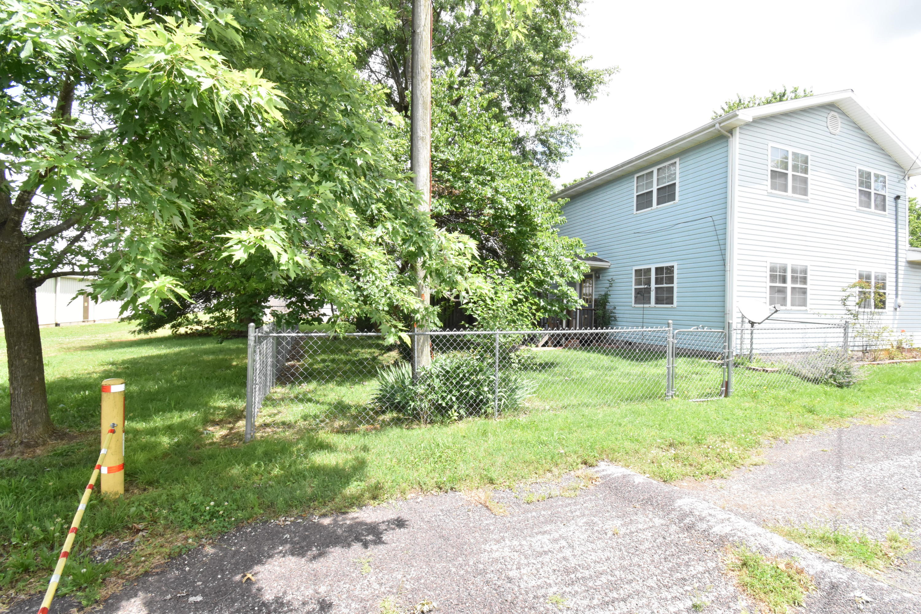 500 16th Street Monett, MO 65708
