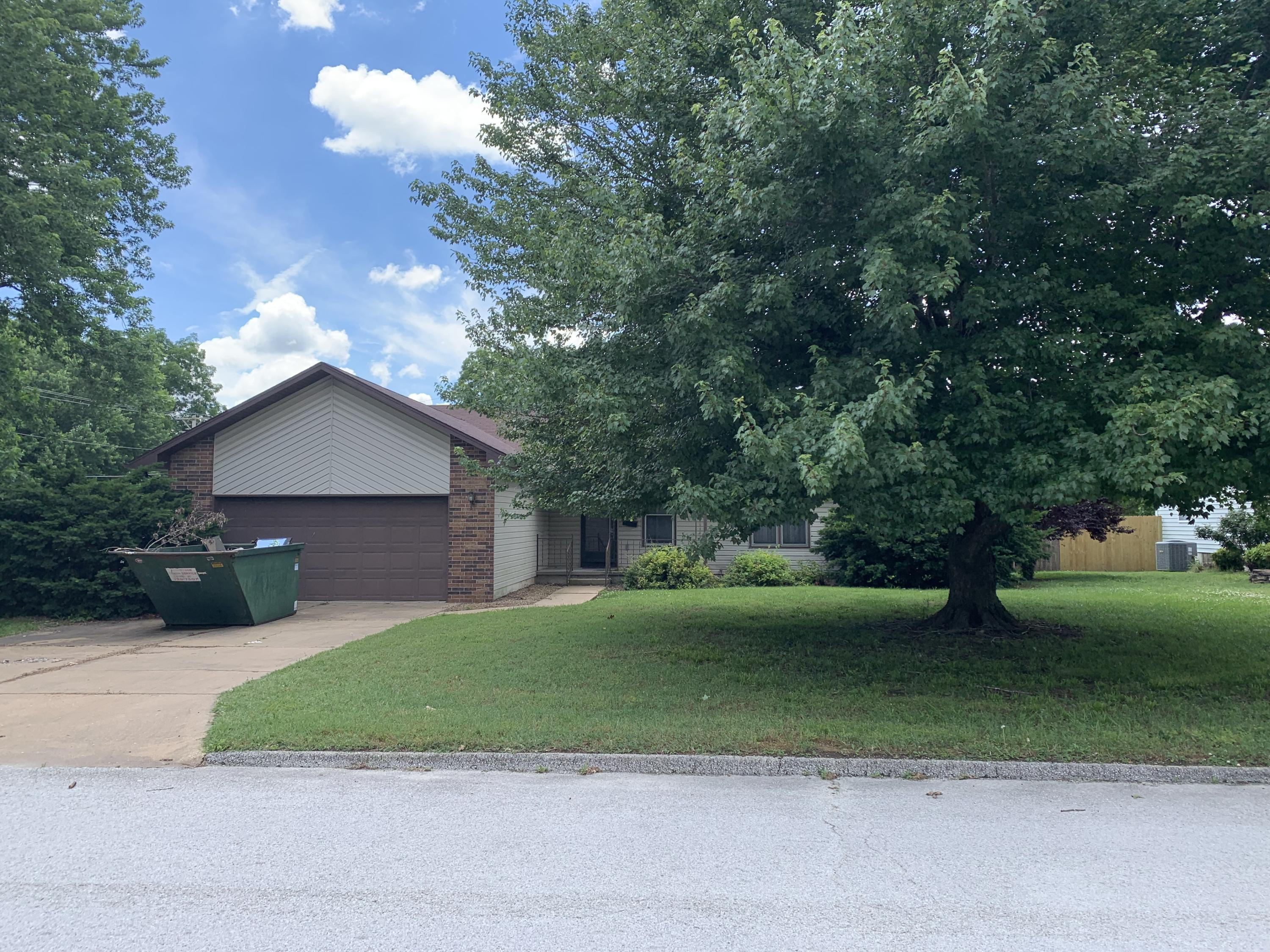 501 North Claud Avenue Bolivar, MO 65613