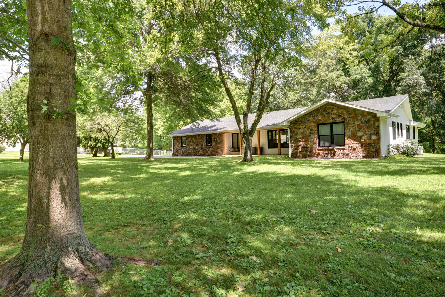 3348 North Smallin Road Ozark, MO 65721